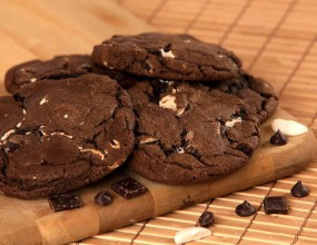 Triple Chocolate Mudslide Cookies